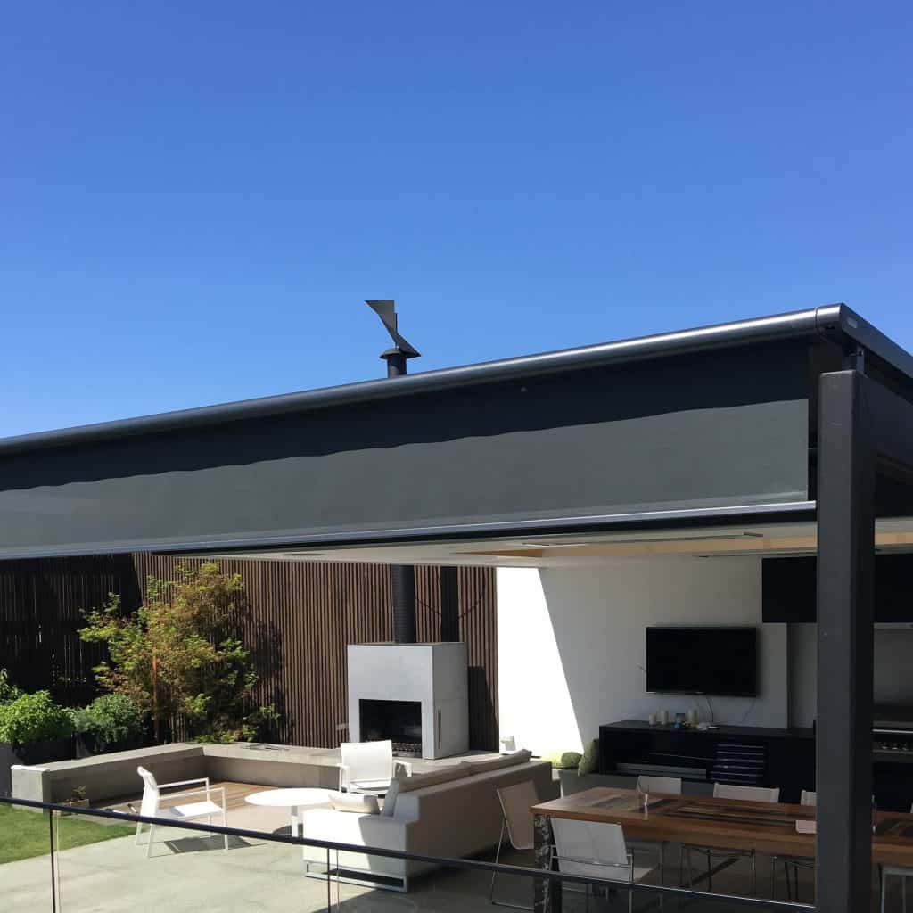 Markilux retractable roof awning protects outdoor entertaining area of Melbourne home