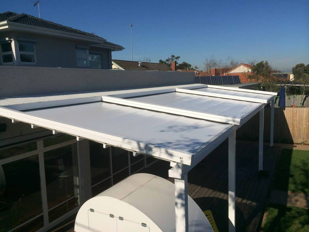 Motorised Roof System over deck of Melbourne home